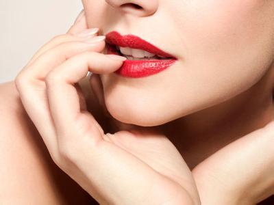 玻尿酸丰唇后后注意事项