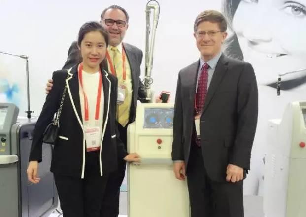 上海美莱邱阳主任受邀出席第六届皮肤病及美容外科国际联盟大会