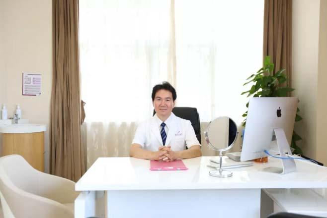6月3日-8日胸部整形韩方院长白承璨坐诊上海美莱