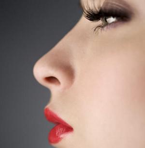 鼻梁增高的有效方法