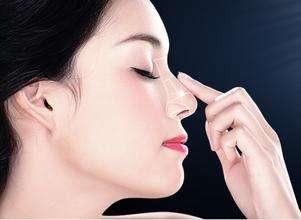 韩式隆鼻术后有什么副作用吗