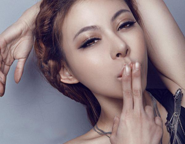 上海美莱假体隆鼻多久可以看到效果