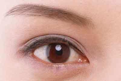 上海切开双眼皮和埋线的区别都有哪些