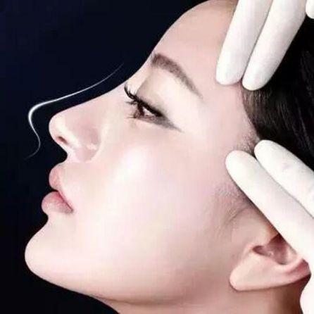 上海韩式小翘鼻整形效果