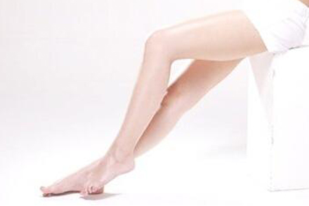 大腿吸脂术后多久能消肿